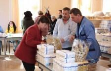 Beneficiarii alimentelor de la UE, chemaţi să ridice restanţele