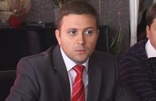 Deputatul Dumitrică trage după el toţi consilierii liberali