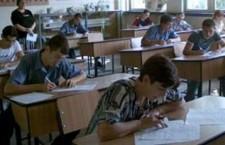 """Lista cu beneficiarii bursei """"Bani de liceu"""" va fi afişată la sfârşitul acestei luni"""