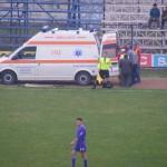 Aproape de tragedie pe terenul de fotbal