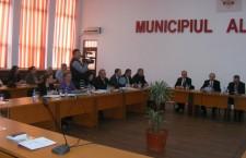 Municipalitatea sprijină alexăndrenii care se confruntă cu dificultăţi financiare grave la plata chiriei, utilităţilor şi impozitelor