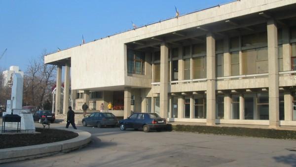 Proiectele de modernizare a Casei de cultură şi achiziționarea de autobuze electrice, aprobate în ședința de îndată a Consiliului local Alexandria