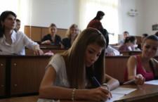 Sute de absolvenţi de liceu din Teleorman nu s-au înscris la Bacalaureat