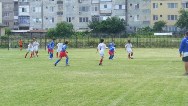 FCM Alexandria conduce la juniori C