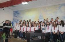 """Şcoala """"Mihai Viteazul"""", la zi aniversară"""