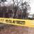 Băiat de 15 ani găsit spânzurat în pătulul din curtea casei